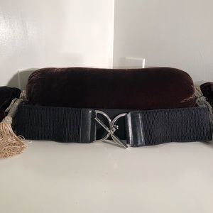 Chico black stretch belt with silver buckle; M/L